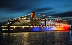 Arcadia Cruise Ship