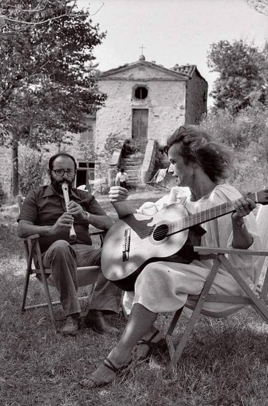 Umberto Eco Plays Recorder!